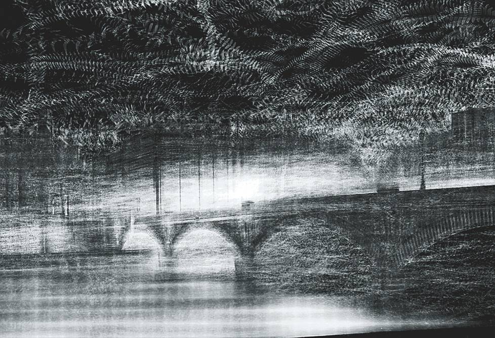 Tuomo Rainio: Pont Austerlitz II, 1012, video.