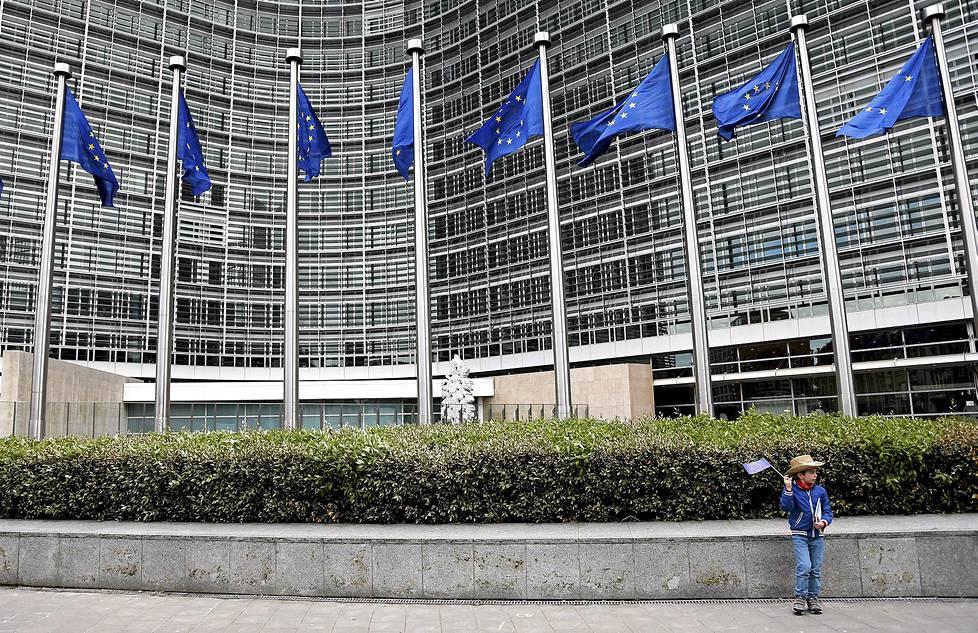 Nyky-Euroopassa on vallalla tietty alakulo. Skeptisyys Euroopan unionia kohtaan on aina ollut suurta, ja viime vuosina se tuntuu vain kasvaneen. Euroopan komissio piti avoimet ovet päärakennuksessaan toukokuun alussa.
