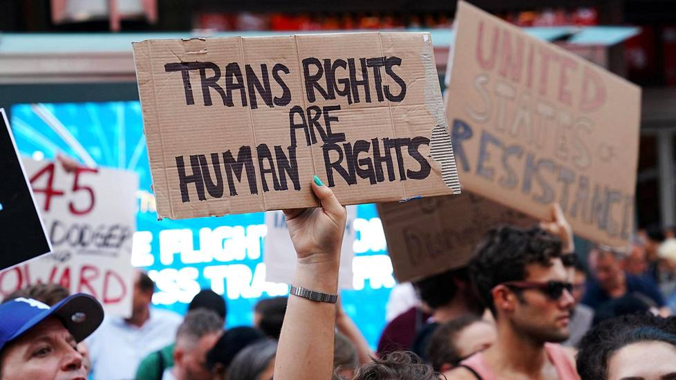 Musta transseksuaali suku puoli
