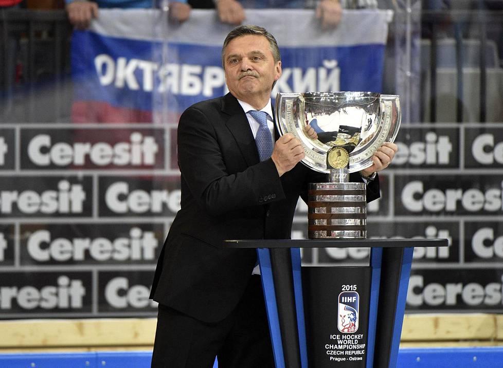 René Fasel jääkiekon MM-finaalissa Prahassa 17. toukokuuta 2015.