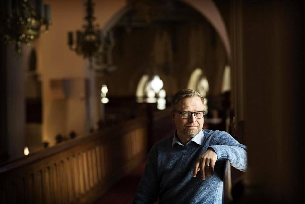 Petri Merenlahti työskentelee arkkipiispan teologisena erityisavustajana.