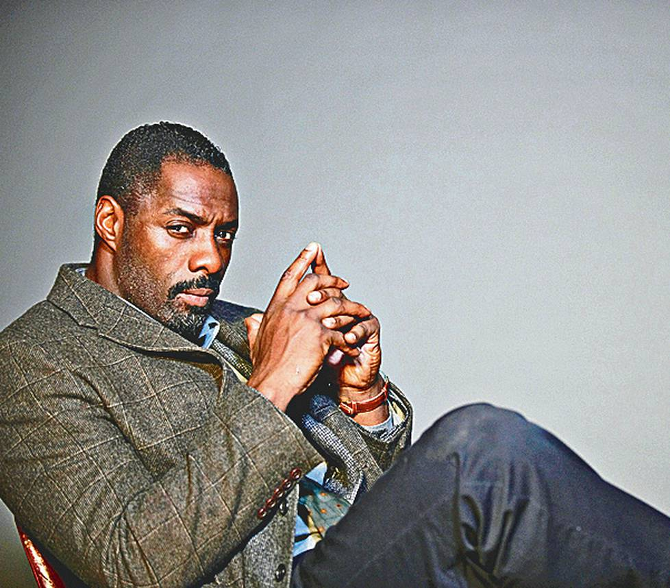 Idris Elba on ylikomisario Luther.