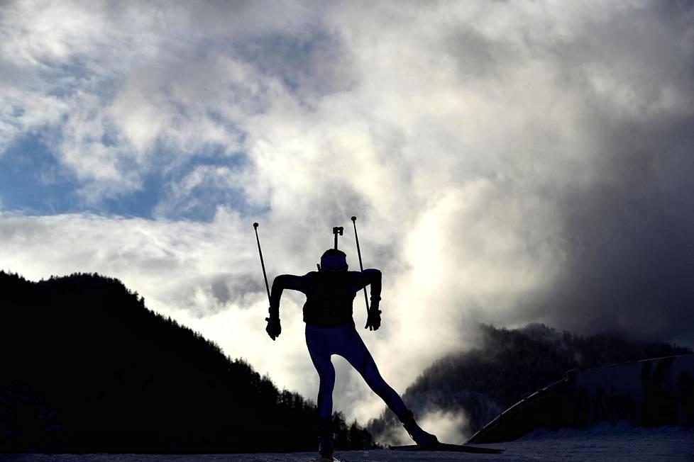 Kaisa Mäkäräinen kilpailee kolmannen kerran olympialaisissa. Kaksi edellistä kertaa vuosina 2010 ja 2014 ovat menneet pieleen sairastelujen takia.