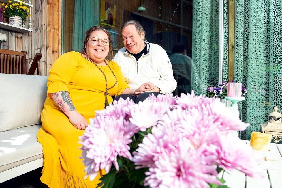 Katri ja Kari Niemen arki soljuu eteenpäin paremmin kuin vielä 12 vuotta sitten.