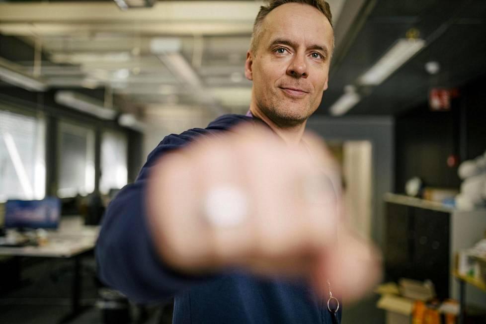 Ouran Oulun-yksikön johtajana aloitti tammikuussa Tommi Heinonen. Älysormuksia kehittävällä teknologiayhtiöllä on Oulussa noin sata työntekijää.