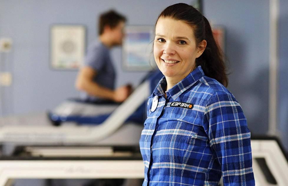 Maarit Valtonen työskentelee Jyväskylässä Kilpa- ja huippu-urheilukeskuksen Kihun johtavana lääkärinä. Hän on myös Olympiakomitean vastuulääkäri.