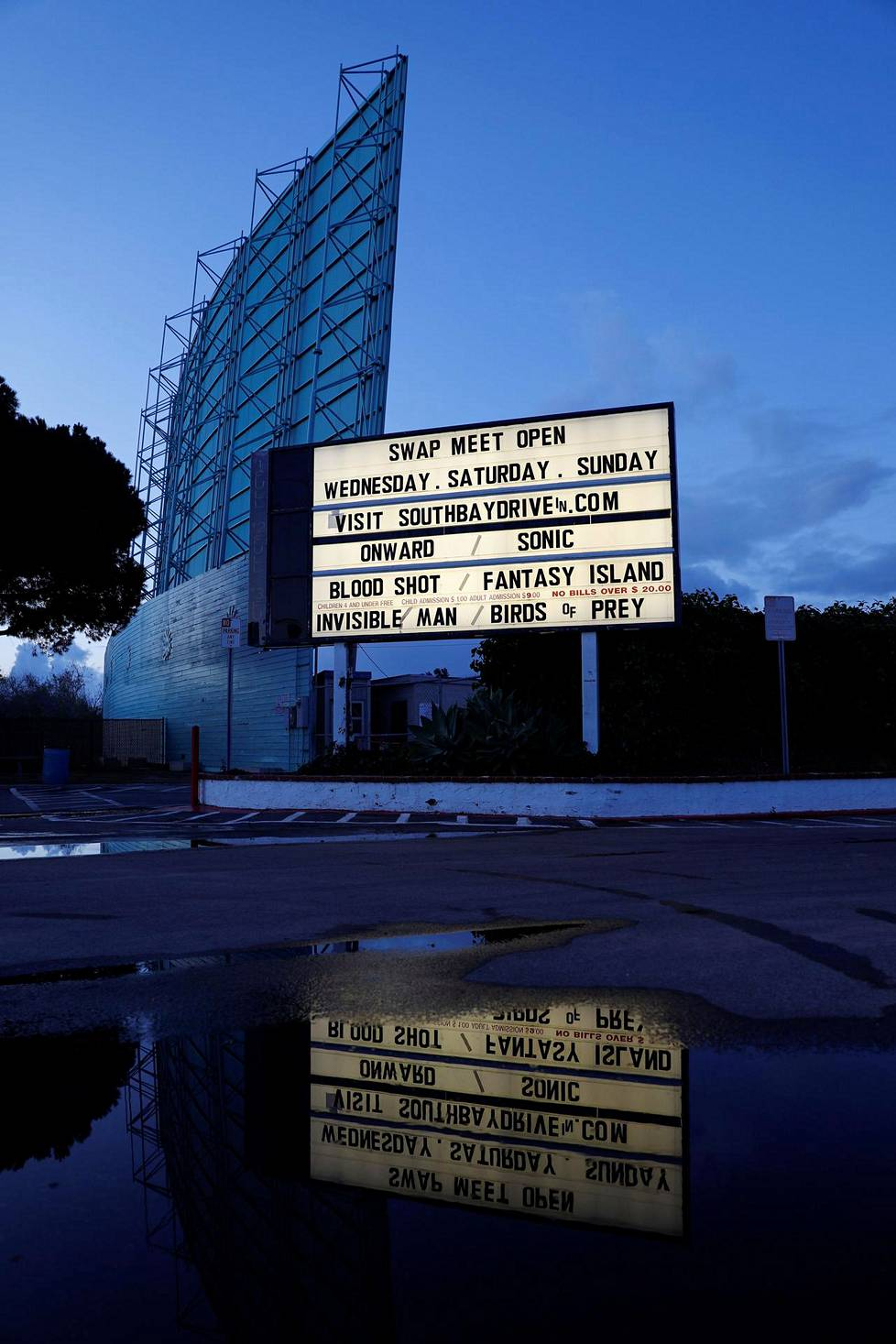 Drive-in elokuvateatteri Kalifornian San Diegossa.