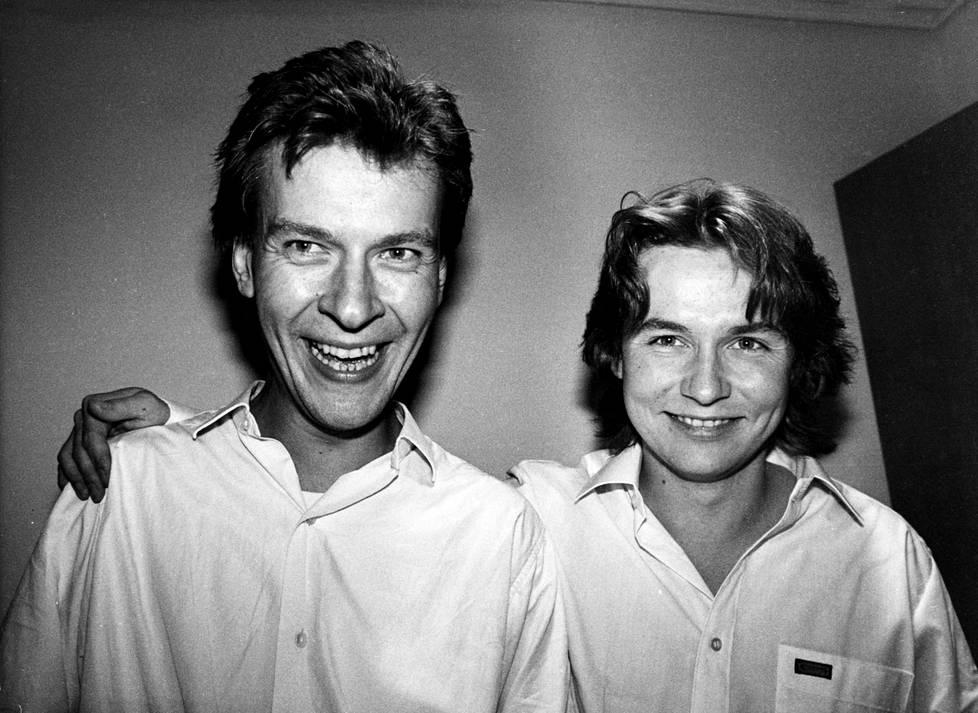 Magnus Lindberg ja Esa-Pekka Salonen syyskuussa 1985, jolloin Lindbergin Kraft kantaesitettiin.