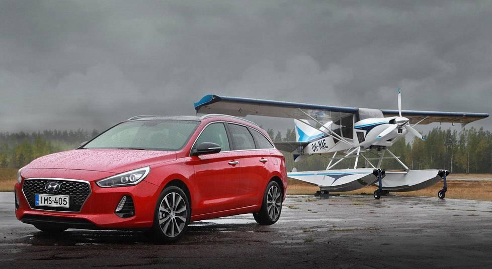Hyundai i30 Wagon on tämän vuoden uutuusfarmari, joka pyrkii haastamaan suositun kompaktiryhmän verrokkiensa parhaimmiston.