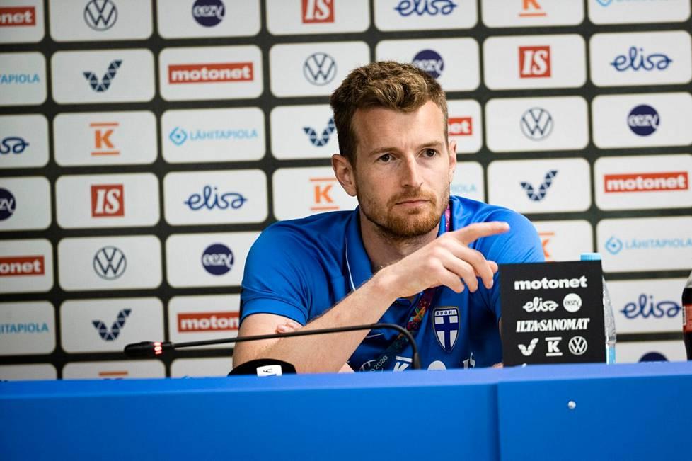 Lukas Hradecky kertoi torstain lehdistötilaisuudessa Terijoella, miltä hänestä tuntuu palata Tanskaan pelaamaan.