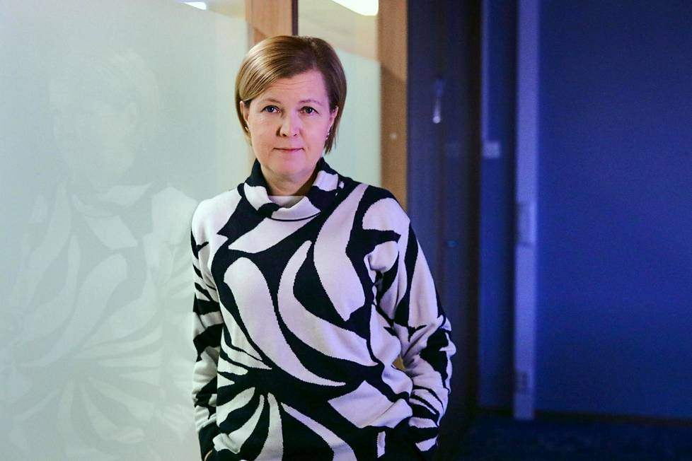 Työpaikalla jokaisen pitää tietää, mitä tehdä, jos työkaverin jaksamisesta herää huoli, Mieli ry:n toiminnanjohtaja Sari Aalto-Matturi sanoo.