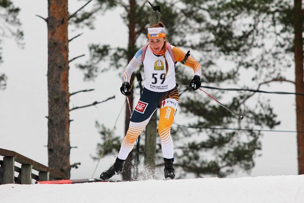 Nastassia Kinnunen kilpailee jatkossa Suomen maajoukkueasussa.