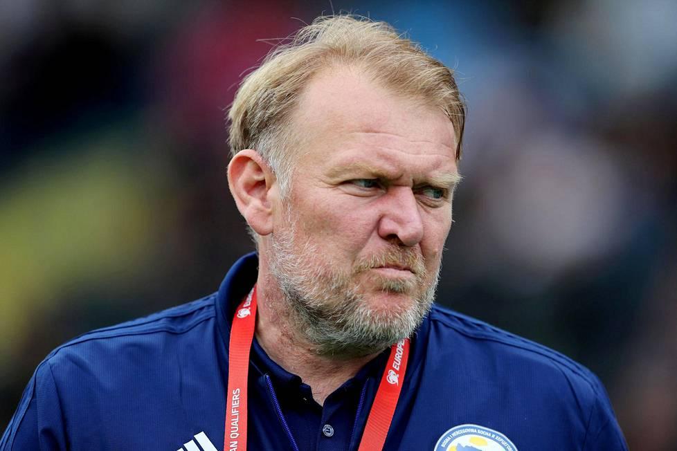 Bosnia ja Hertsegovinan valmentaja Robert Prosinecki.