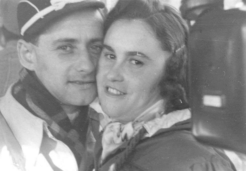 Lale Sokolov ja Gita Furman rakastuivat Auschwitzin keskitysleirissä.