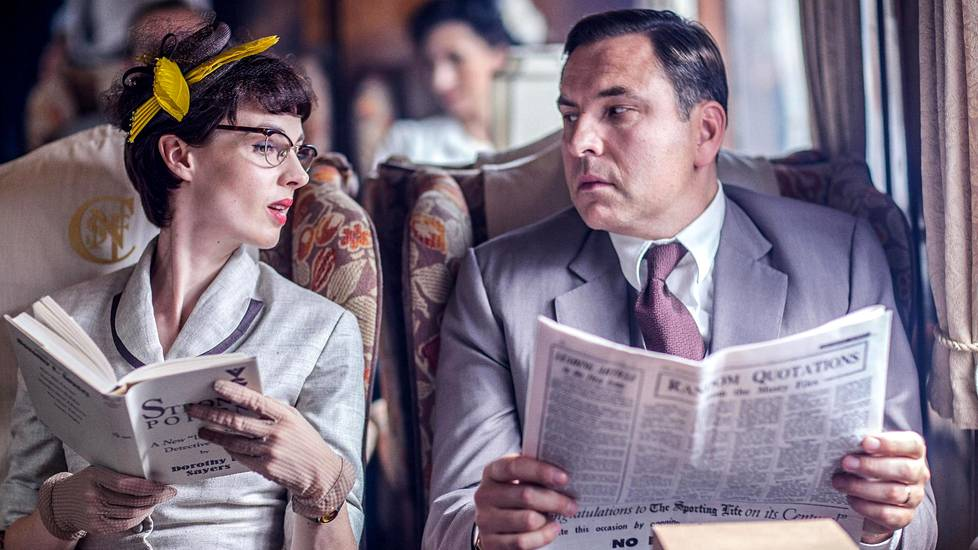 Jessica Raine ja David Walliams ovat Tuppence ja Tommy.