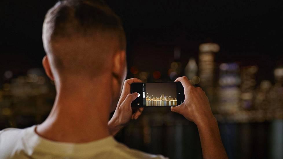Oneplus-älypuhelinvalmistajan Euroopan strategiajohtaja Tuomas Lampén lupaa jatkaa innovatiivisen 5g-teknologian tuomista käyttäjille ympäri maailman.