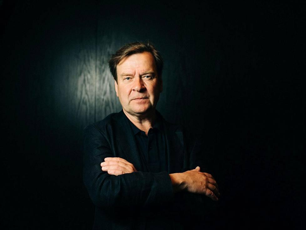 Magnus Lindberg täyttää 60 vuotta 27. kesäkuuta säveltämällä Portugalissa teosta Edith Södergranin tekstiin Lontoon filharmonikoille.