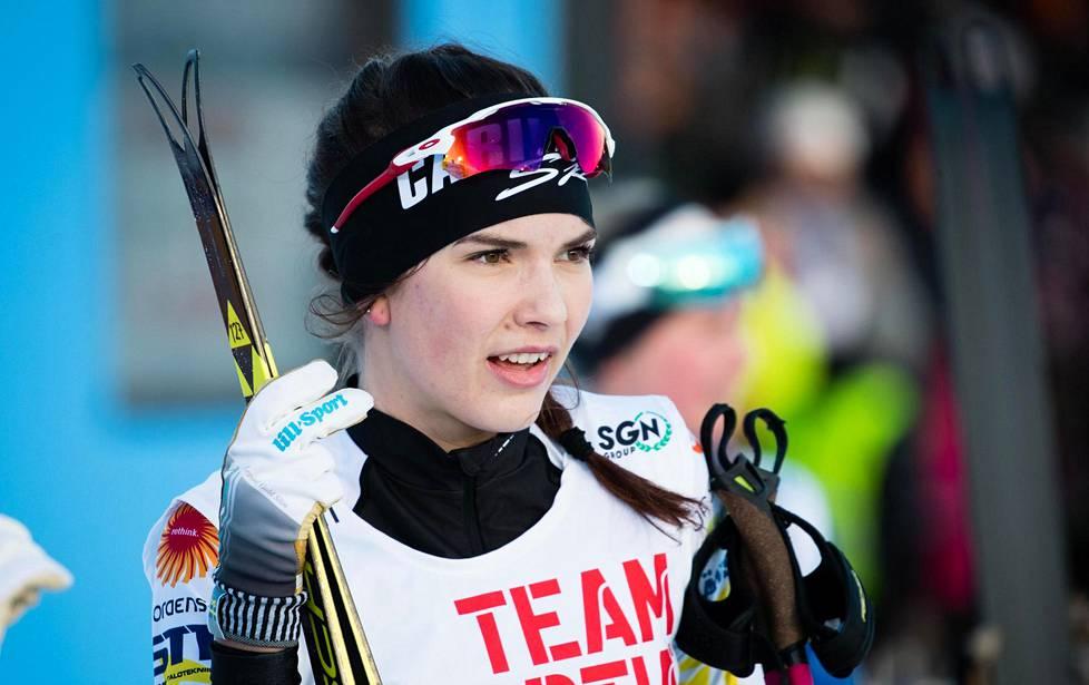 Jasmin Kähärä haluaa mittaamaan tasoaan 20-vuotiaitten MM-laduille Sveitsin Gomsiin.
