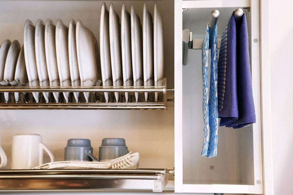 Suomalaisten keittiömaku on murroksessa. Yksi suuri muutos koskee astiankuivauskaappia.