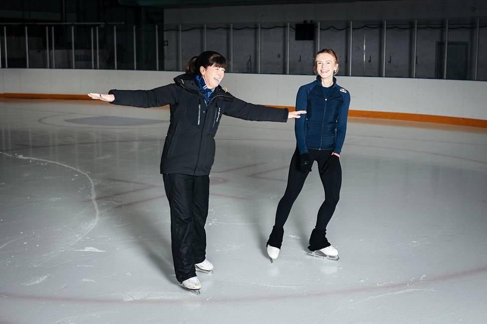Coach Sirkka Kaipio and Emmi Peltonen in training at Myyrmäki Ice Rink.
