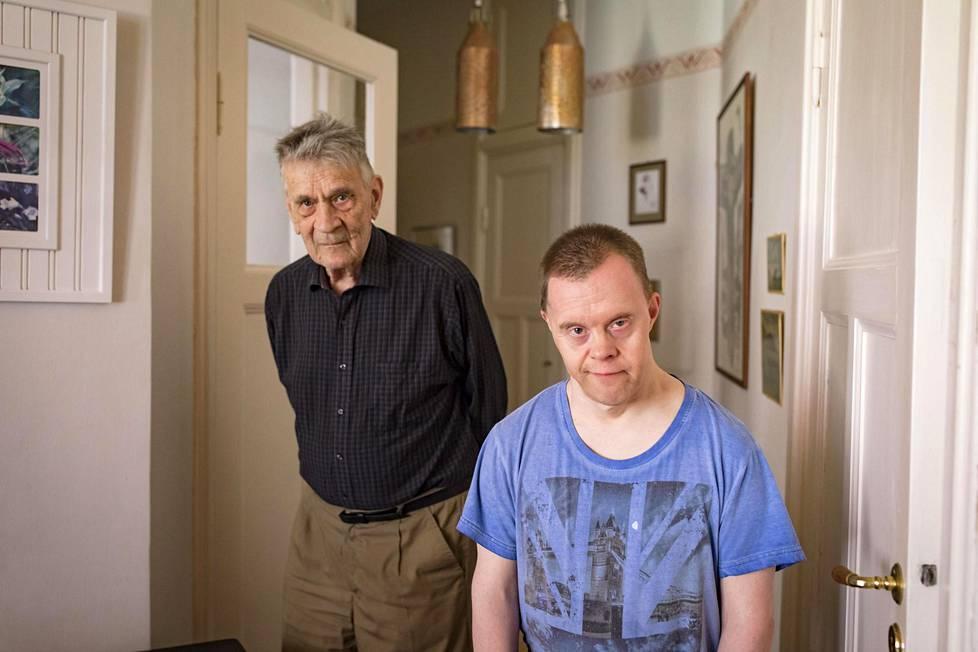Isä ja poika ovat pitäneet yhtä 50 vuoden ajan. Viimeisten vuosien aikana suhde on syventynyt entisestään.