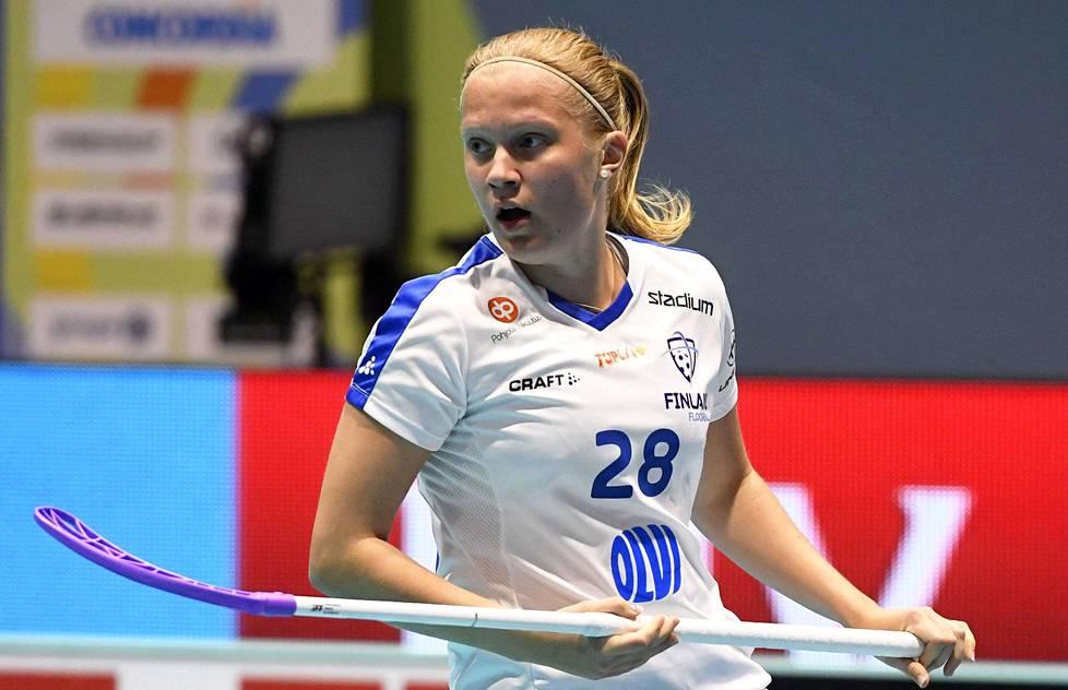 Veera Kauppi on vakiinnuttanut paikkansa salibandyn huippupelaajana.