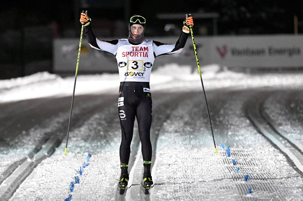 Petteri Koivisto of Puijon Hiihtoseuran brought the winner of his team to the finish line in the men's 3 x 7.5 km message in the cross-country skiing Finnish Cup competition in Hakunila, Vantaa, last week.