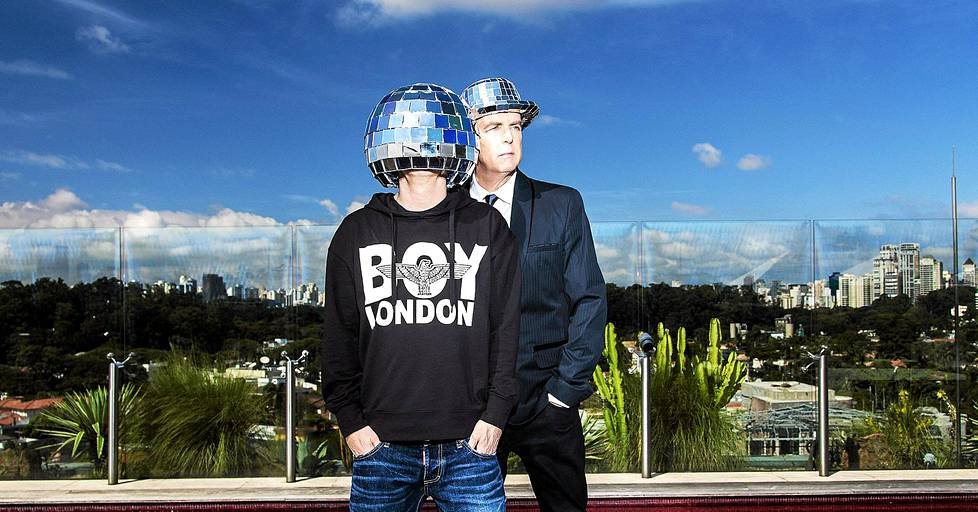 Chris Lowen (vas.) ja Neil Tennantin popyhtye Pet Shop Boys on jo 33-vuotias.