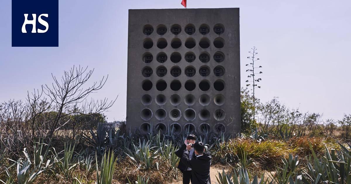 """Taiwan   Joka toinen päivä Kiina ampui kranaateilla perhekuvia ja propagandalehtisiä """"kapinoivaan maakuntaansa"""" – Taiwanilla on oma raha ja presidentti, mutta itsenäistyä se ei voi"""
